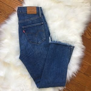 Levi's 724 high rise straight
